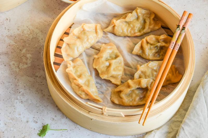 Pierożki na parze z tofu i warzywami