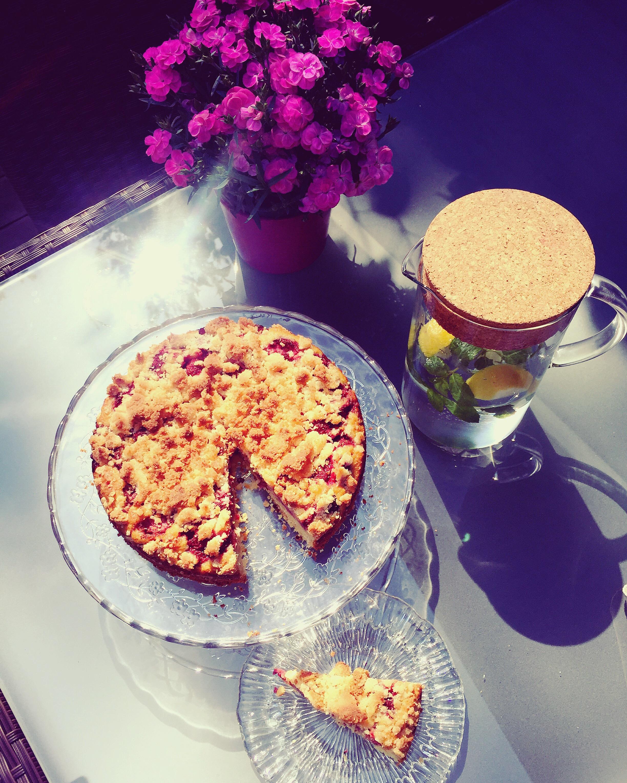 ciasto z mąki kokosowej z truskawkami