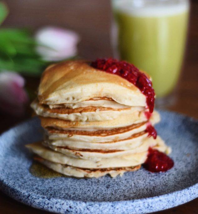 puszyste wegańskie pancakes