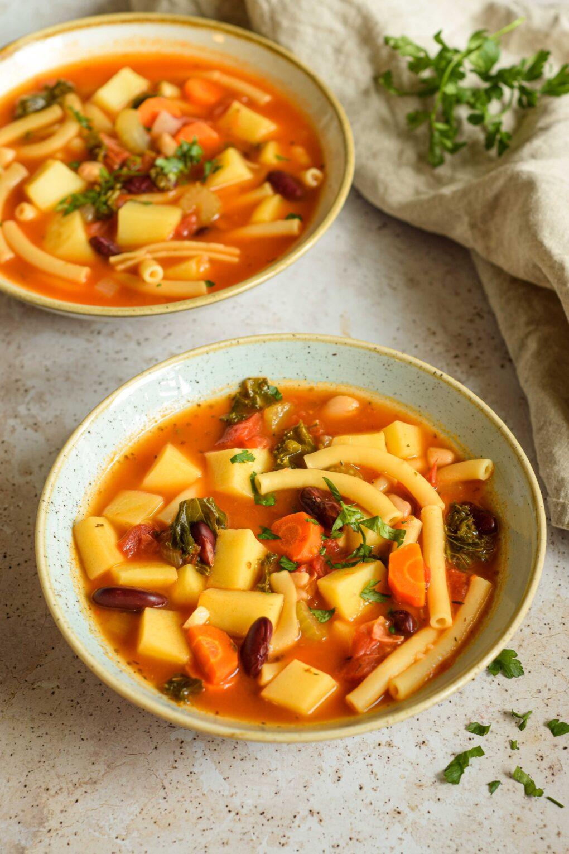 zupa minestrone weganska
